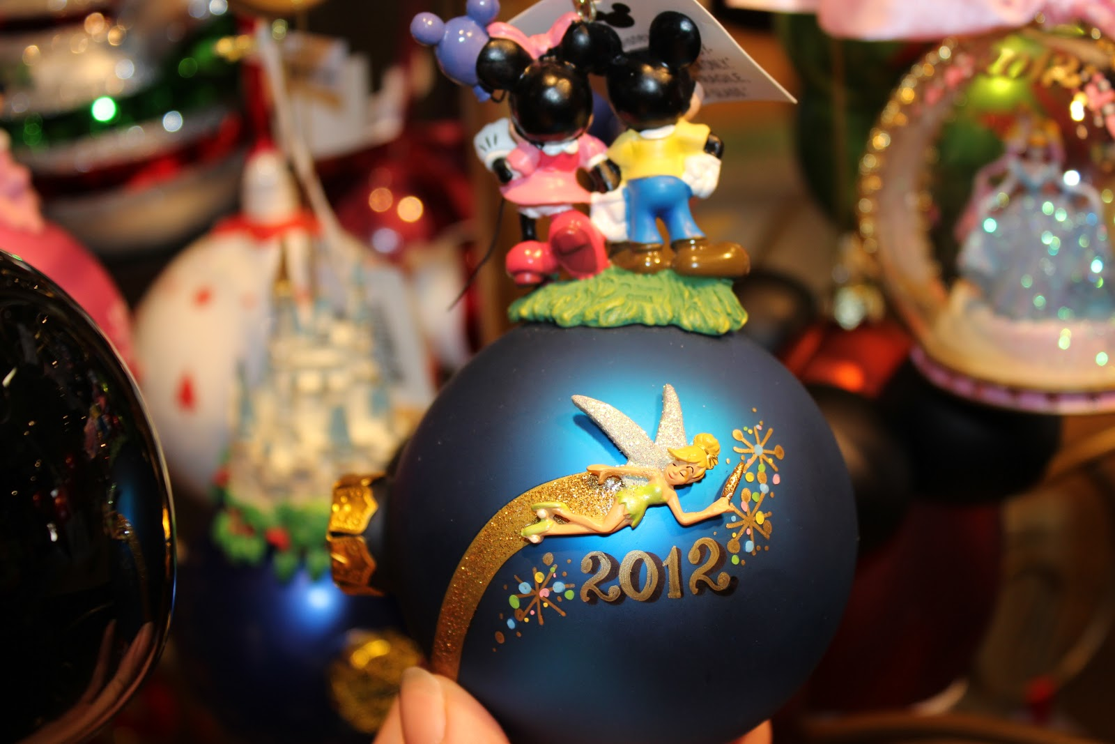 Personalizable ornaments - Here Are Some Samples Of Personalized Christmas Ornaments