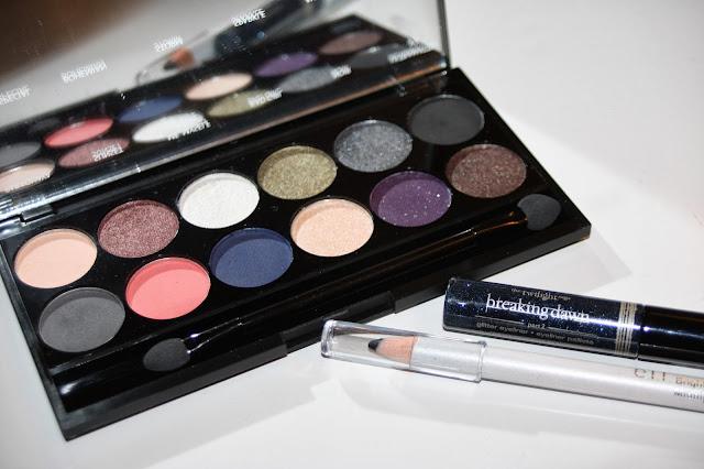 make up by linoa maquillage de f tes avec du liner bleu paillet. Black Bedroom Furniture Sets. Home Design Ideas