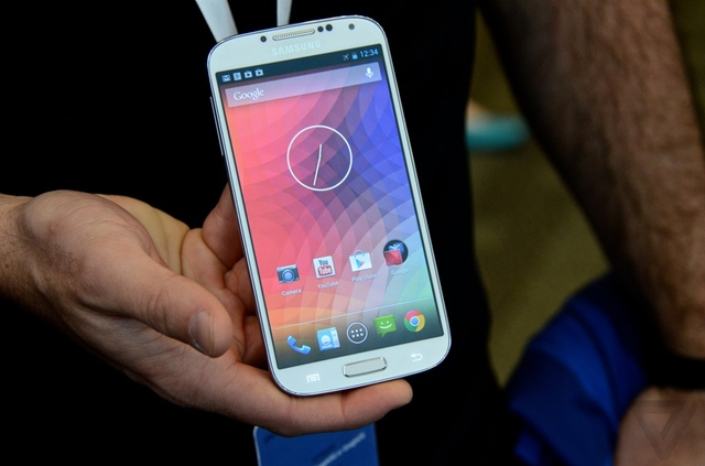Google announces Samsung Galaxy S4 with 'stock' Android, coming in June for $649