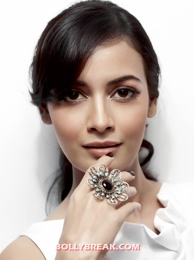 Dia Mirza Face close up - (3) -  Dia Mirza Face Close Up Wallpapers