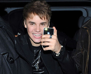 What Kind of Phone Does Justin Bieber Have