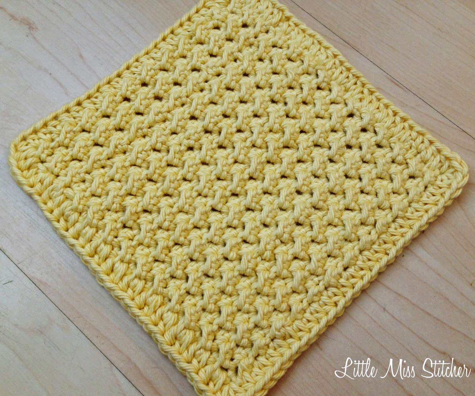 M Dishcloth Knitting Pattern : Little Miss Stitcher: 5 Free Crochet Dishcloth Patterns