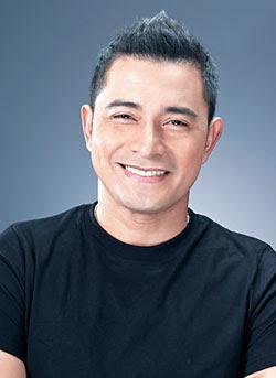 Cesar Montano transfers to TV5, to host Artista Academy