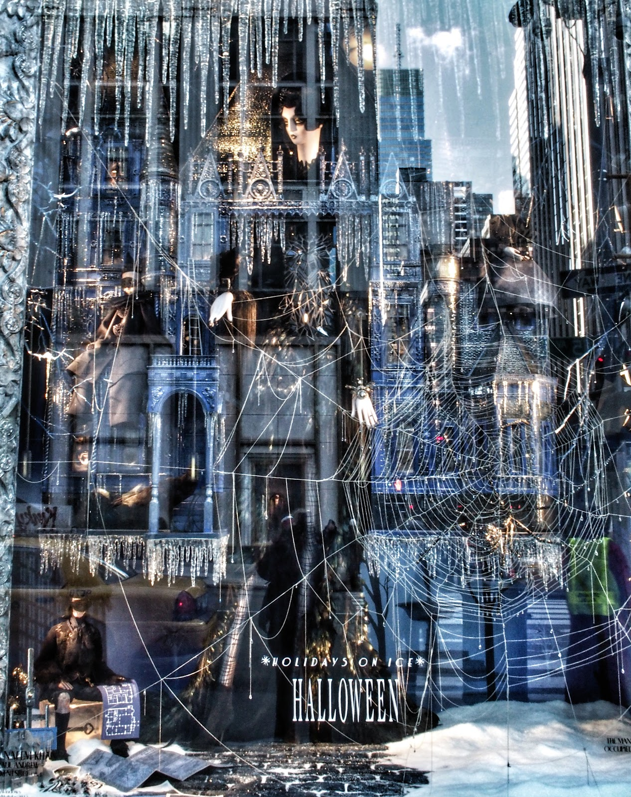 Halloween Window, #halloween #holidaysonice #bgwindows #nyc #bergdorf #nyc 2014