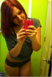 redhead girl self shot hot mirror pics