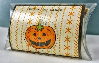 SRM Stickers Blog - Michelle Giraud - #Halloween #stickers #pillowbox #card