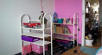 reoler og plads til legetøjet