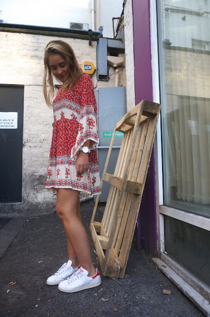 chloeschlothes - robe en trainers