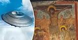 Μια από της πιο τρελές θεωρίες από τους λάτρεις των UFO είναι η παρουσία των εξωγήινων κατά τη διάρκεια Σταύρωσης του Ιησού Χριστού.  Πολλο...