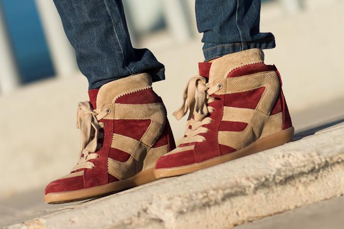 Sneakers-Cuña-Granate-Ante-Zara-Adicta a los Zapatos-Deportivas-Blogger-Moda-Zapatoadicta