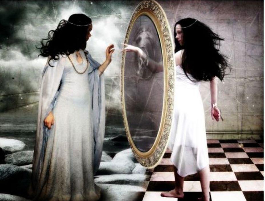 Девушка из зеркала