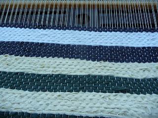 samodzielne tkanie dywanika