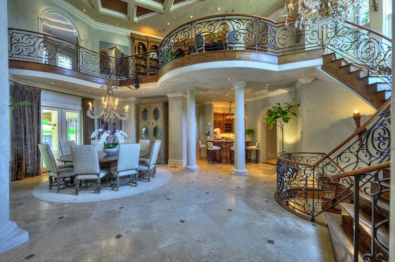 A Magnificent Mediterranean Villa With A Porte Cochere Venetian Plastered Walls And A Main