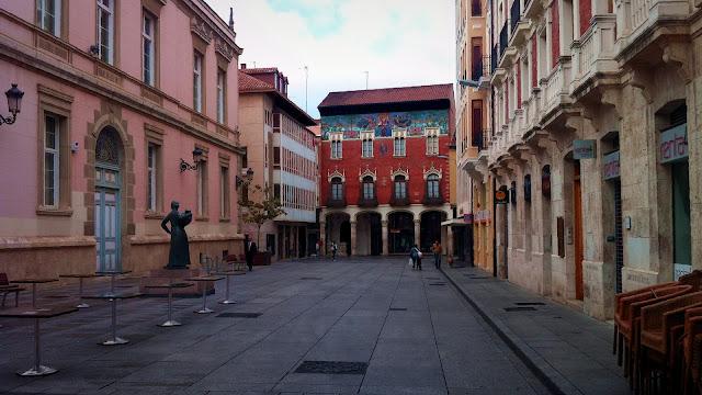 Trasera del Ayuntamiento, 2012 cc Abbé Nozal