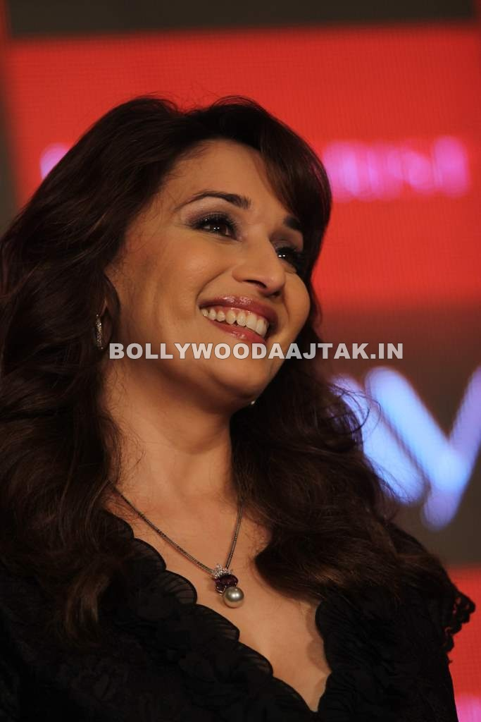 , Madhuri Launches Anti Ageing Cream
