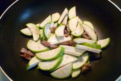 Stir-fried Loopah with Pork  - Mướp Xào Thịt Heo