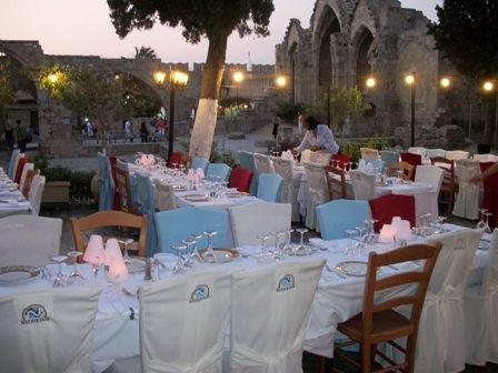 Hatzikelis Sea Food Restaurant - Ψαροταβέρνα Χατζηκέλη