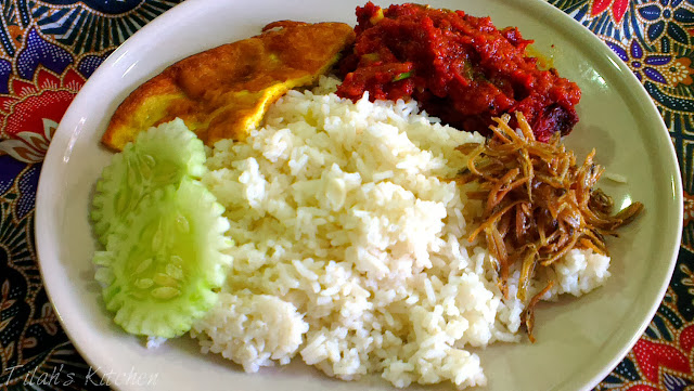 a very unique recipe of nasi lemak, different from the norm