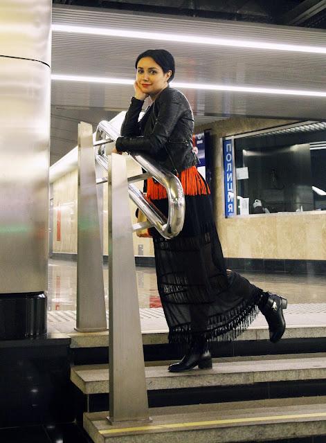 платье Intimissimi (осень-зима 2015/2016) куртка Motivi  ботинки Uterque  носки Calzedonia  топ H&M сумка Sela, Анна Мелкумян, Anna Melkumian, блогер, blogger, Moscow, Москва, метро
