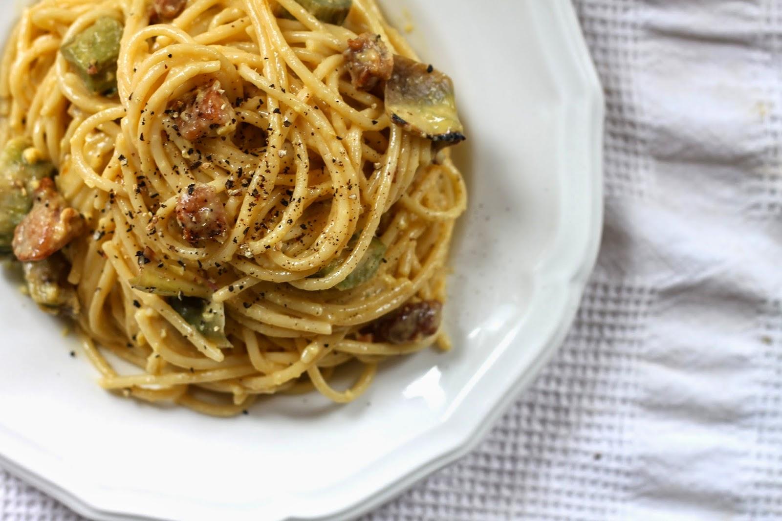 spaghetti alla carbonara di carciofi (spaghetti carbonara with artichoke)