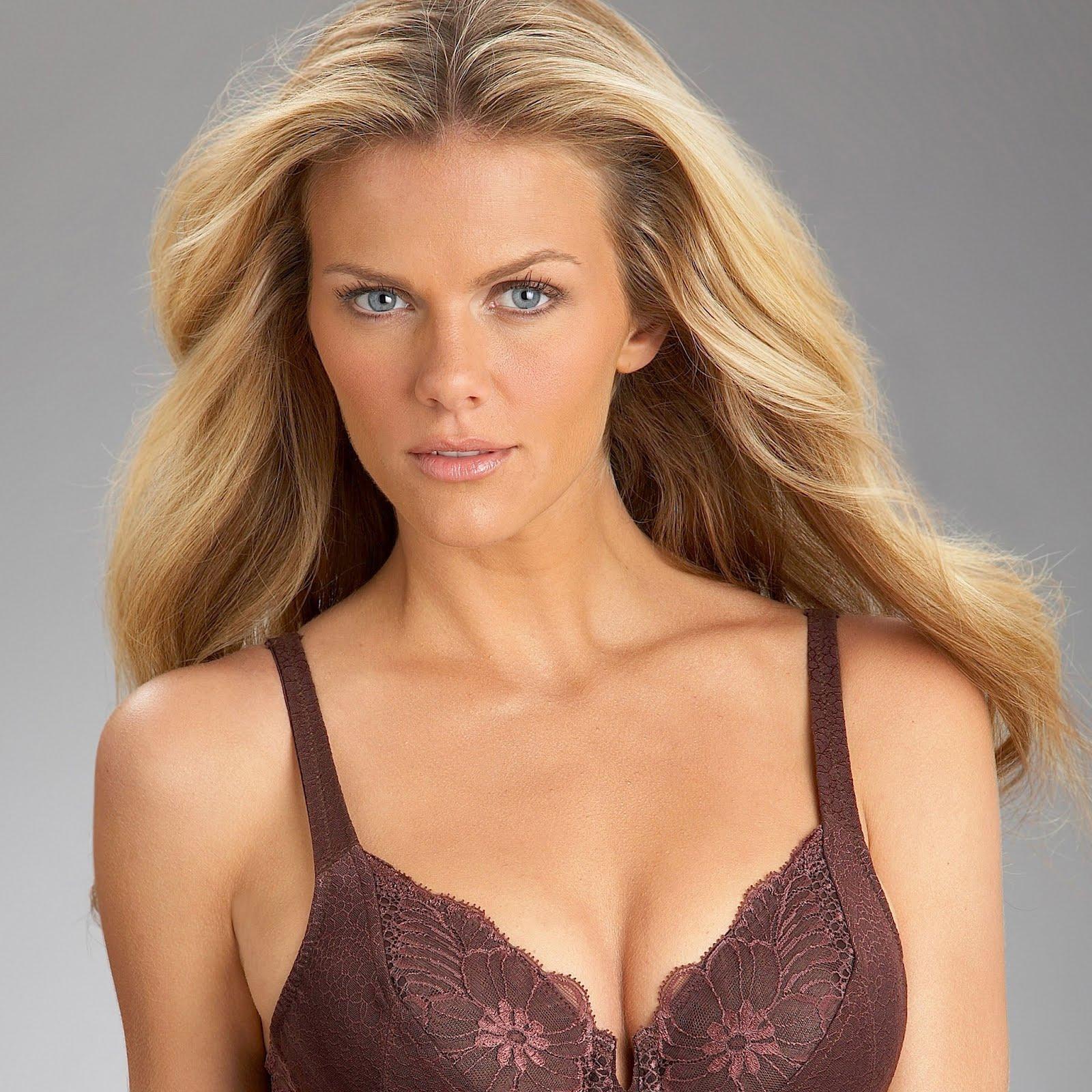 http://3.bp.blogspot.com/-RmEuPr7XtHk/UDugHk8jbAI/AAAAAAAALas/zJHVpXcbAsc/s1600/brooklyn-decker-in-lingerie-wallpaper2048.jpg
