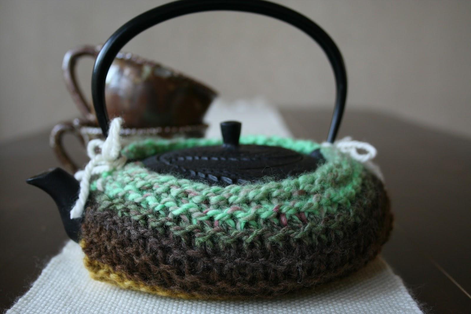 A Yarn Maker\'s Journey: Free Knitting Pattern: Nobunaga\'s Tea Kettle ...