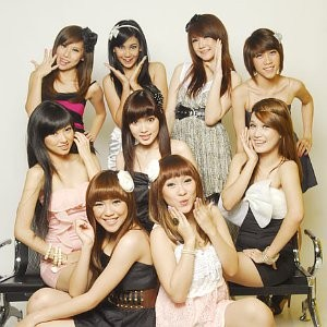 Cherry Belle on Cherry Belle Lagu Cherry Belle Biodata Profil Video Klip Cherry Belle
