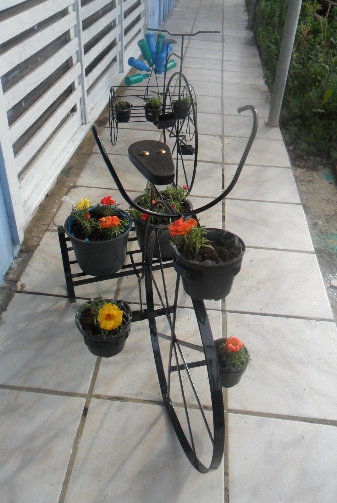 enfeite jardim bicicleta:Art Ferro: Mini bicicleta para jardim