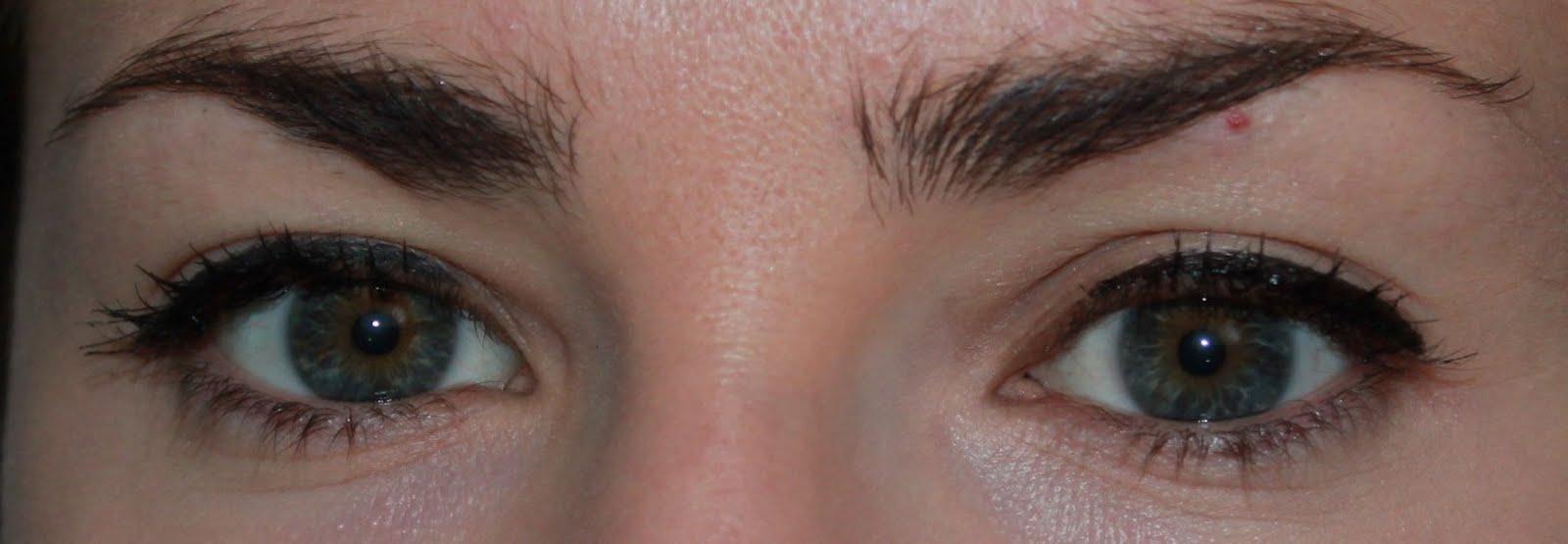 Connu Appliquer un Eye Liner : Mode d'Emploi pour celles qui ont 2 mains  QH36