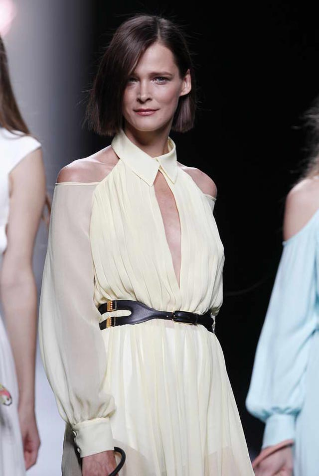 tiziana-toma-el-relevo-de-su-padre-adolfo-dominguez-madrid-fashion-week-spring-summer-2012