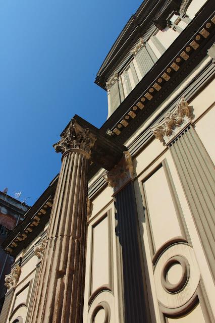 Colonna del Tempio dei Dioscuri