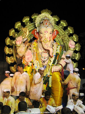 Ganpati Visharajan Darshan Girgaum Chaupati  Dt. 11-09-2011
