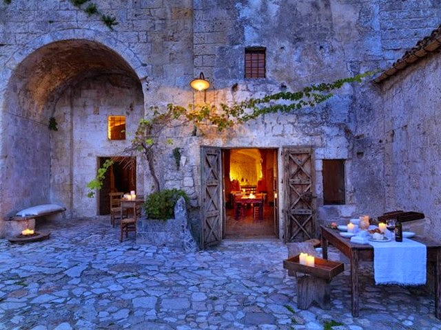 La Grotta della Civita - the Italian hotel built inside abandoned medieval grottos photo