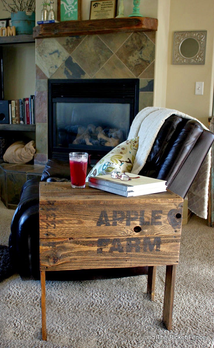 pallet furniture, crate, table, side table, salvaged wood, stencils, paint, beyond the picket fence, http://bec4-beyondthepicketfence.blogspot.com/2015/04/apple-farm-crate-table.html