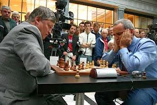 Kasparov vs Karpov à la télévision © Chess & Strategy