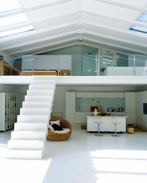 Noir blanc un style - Hangar transforme en loft ...