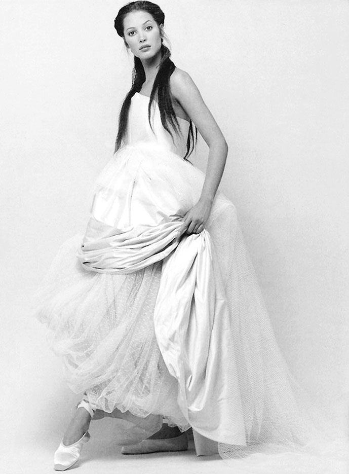 Christy Turlington in White | Harper's Bazaar US January 1993 (photography: Patrick Demarchelier) via fashioned by love