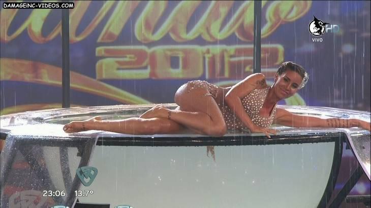 Florencia Peña hot en el aquadance HD 720p damageinc-videos