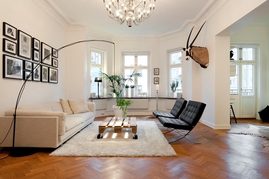 Fi arquitectura e interiorismo cl sicos del dise o silla barcelona - Diseno interiores barcelona ...