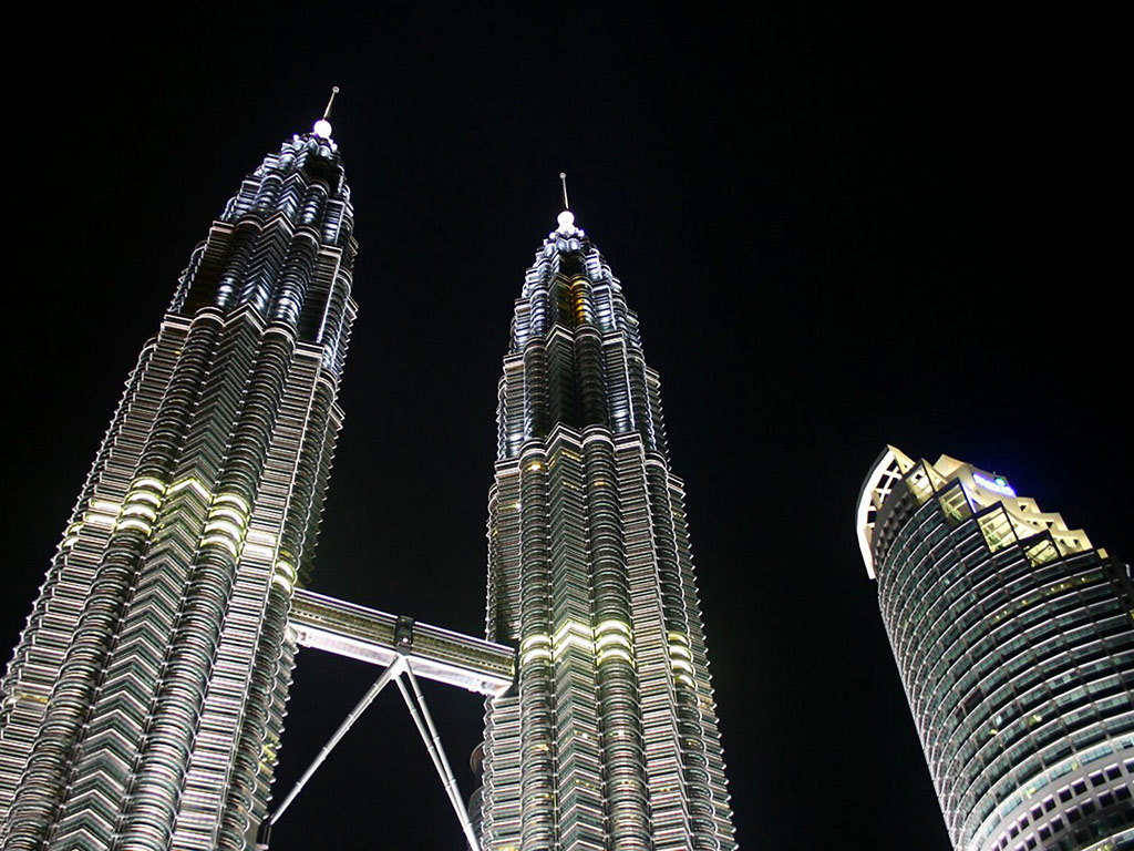 http://3.bp.blogspot.com/-Ro_Nu1Q6T-4/T0MzcBFIuUI/AAAAAAAABho/g_YrOCJTNSM/s1600/Petronas-Twin-Towers-Kuala-Lumpur-KLCC-Malaysia-1-5IRDYW79VP-1024x768.jpg