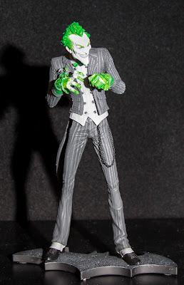 DC Collectibles Arkam City Joker Statue