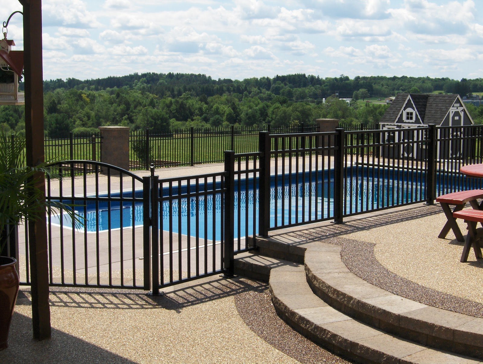 Architectural products choosing the right aluminum fence