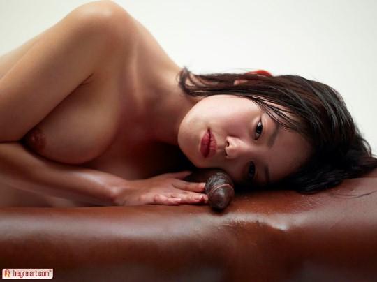 young nude kotana brunette