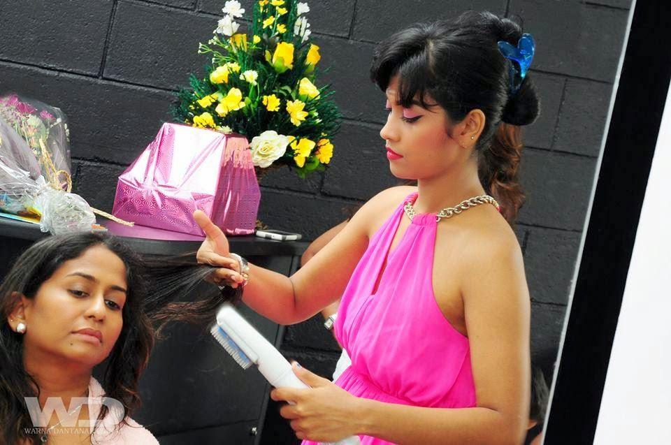 Sheryl Romen armpit pink