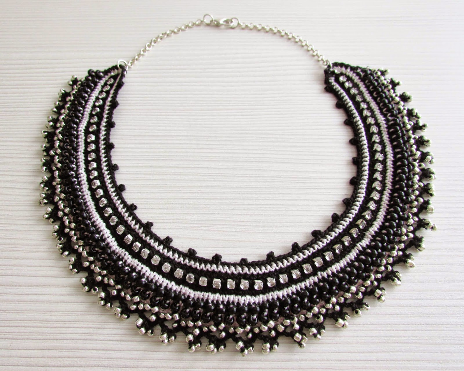 https://www.etsy.com/listing/201243075/black-pink-crochet-collar-choker-chain?ref=shop_home_active_1