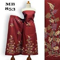 motif kain batik daun merah