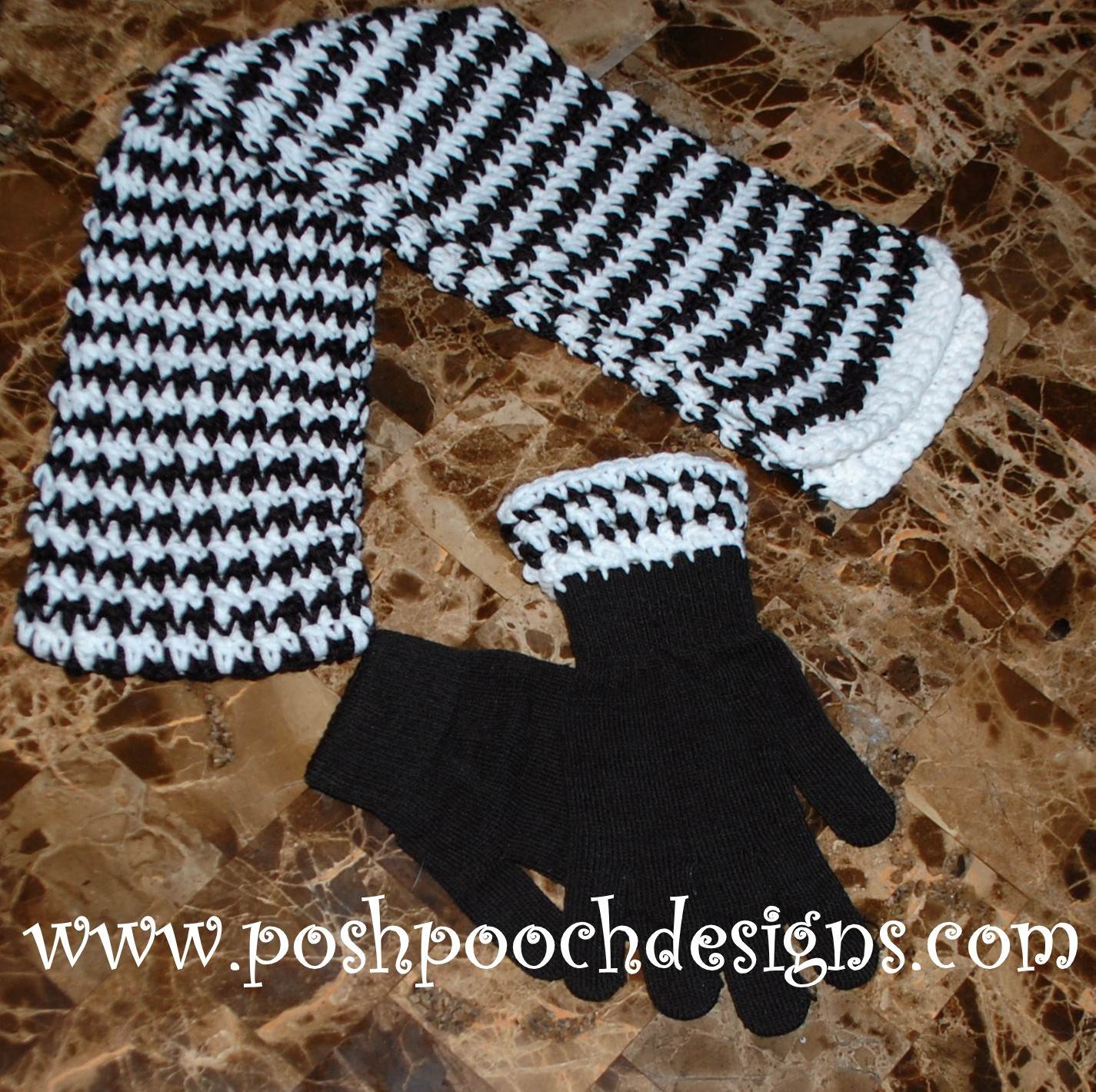 Crochet Stitch Houndstooth : ... Designs Dog Clothes: Hounds Tooth Scarf and Glove Crochet Patterns