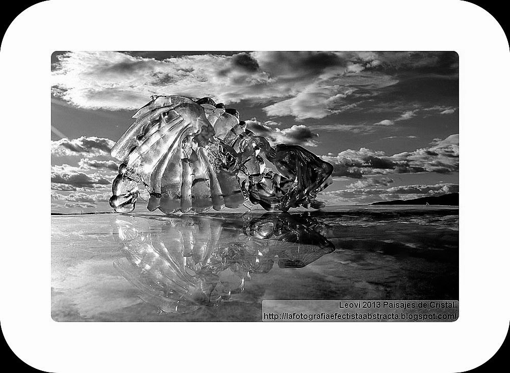 Abstract Photo 3365 Crystal Landscape 189  Madness of Love - Locura de Amor