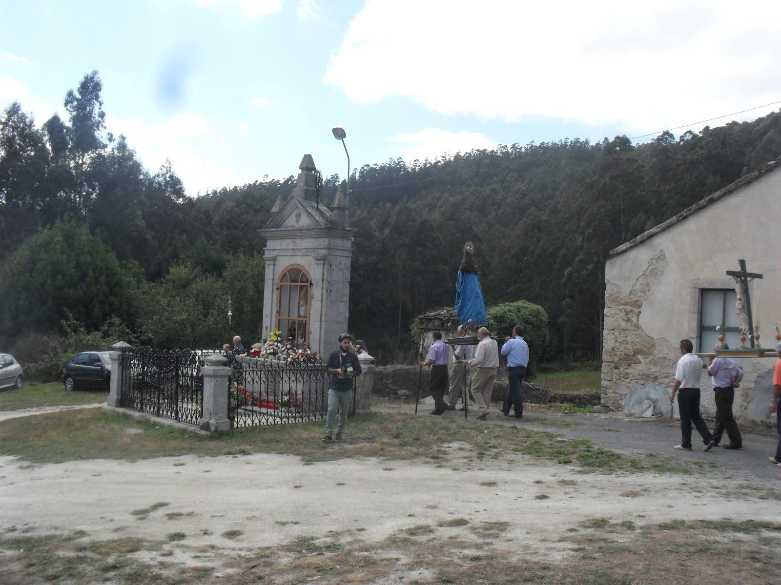 ROBAN EL SANTO CRISTO DE UNA BASÍLICA DE O VALADOURO