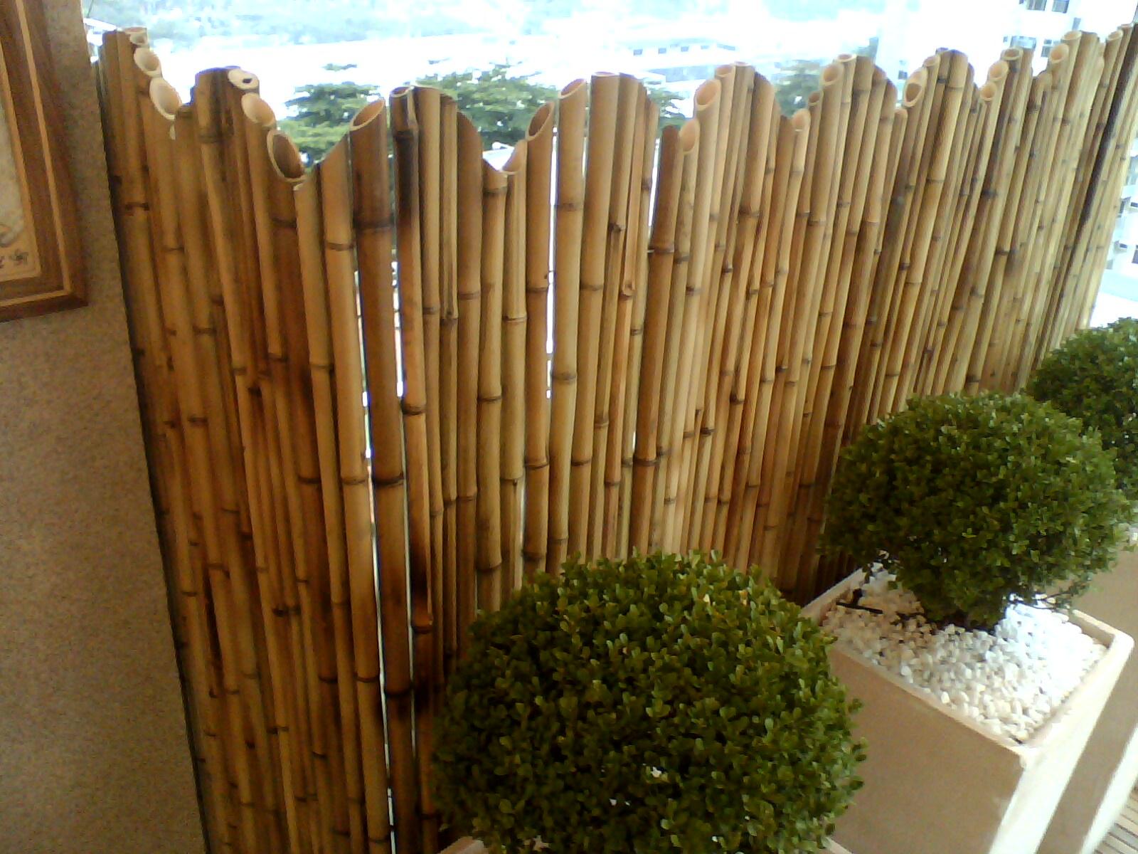 Cercas de bambu no Rio de Janeiro CERCAS DE BAMBU